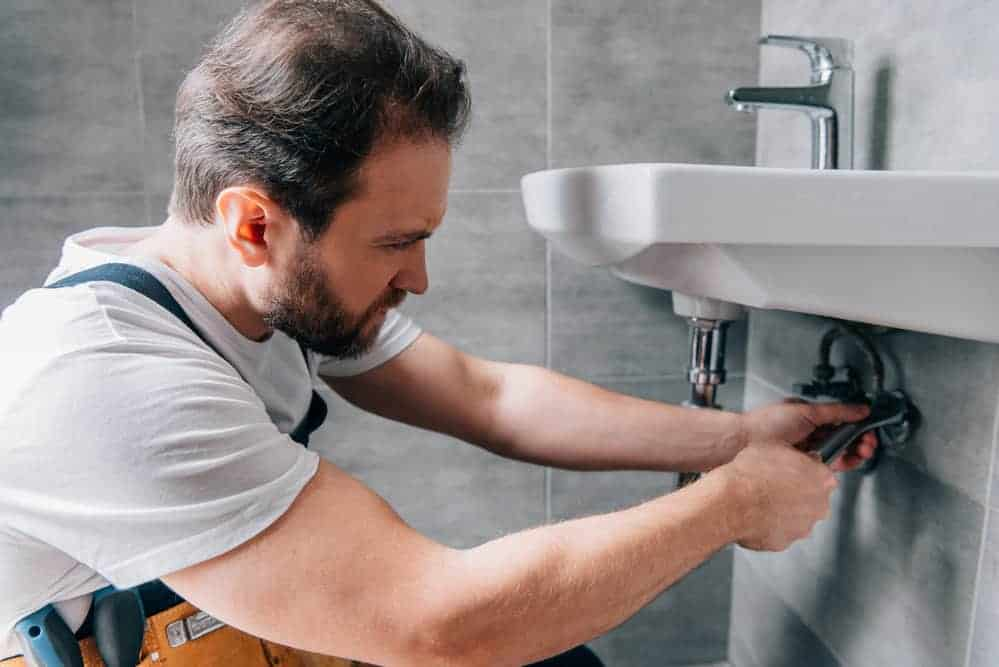 Best Plumbers Putty (Professional Perspective) - PlumberSpot